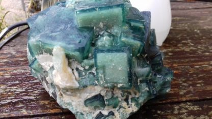 Nettoyage des cristaux de fluorine de Madagascar (après)