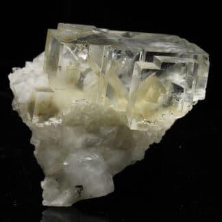 Fluorite blanche de la mine de Montroc (Tarn)